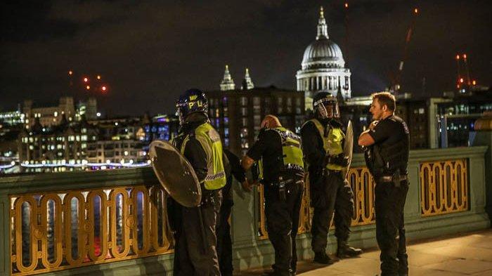 Teror London - 130 Imam Tolak Salatkan Teroris Penyerang Kota London