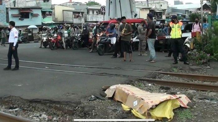Terpental 5 Meter Pria Tak Beridentitas Ini Tewas Seketika Disambar Kereta Api di Tambora