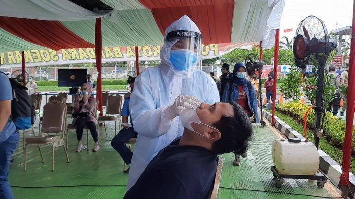 Polisi Gelar Rapid dan Swab Test Antigen untuk Mendeteksi Kesehatan Pekerja Bandara Soekarno-Hatta