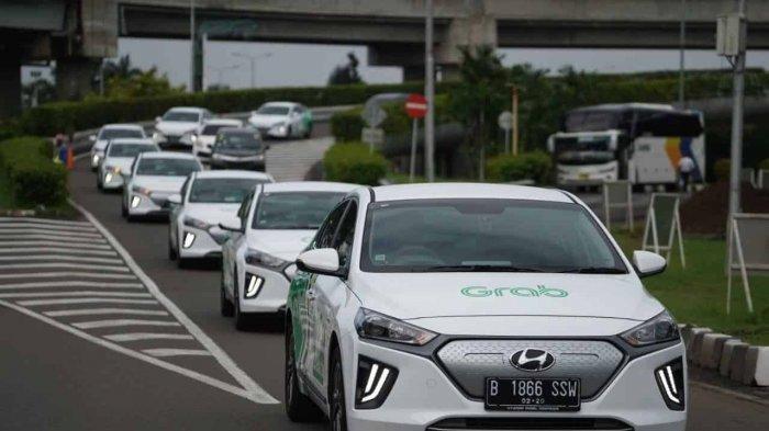 Blue Bird dan PT Angkasa Pura II Sediakan Taksi Tesla Model X di Bandara Soekarno-Hatta