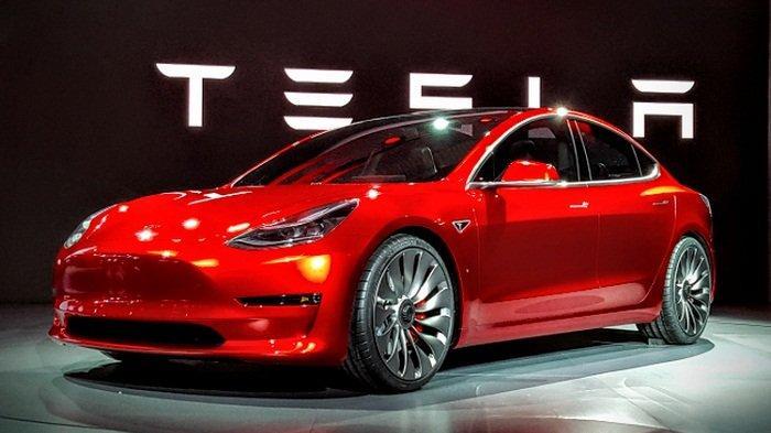 Gak Perlu Repot Punya Kartu Kredit, Beli Mobil Tesla Kini Bisa Pakai Bitcoin