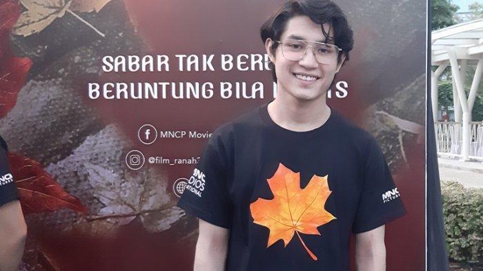 Pemain film Teuku Rassya disela jumpa pers film 'Ranah 3 Warna' di Kebon Jeruk, Jakarta Barat, Kamis (30/7/2020).