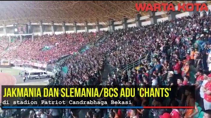 VIDEO: Jakmania dan Slemania Adu 'Chants' di Laga Persija Jakarta vs PSS Sleman Stadion Patriot