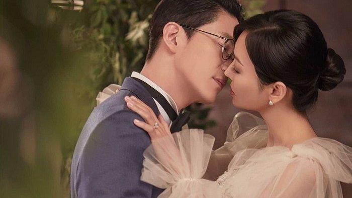 Drama Korea The Penthouse 2 Tampilkan Gaun Pernikahan Glamor Kim So Yeon dan Eugene