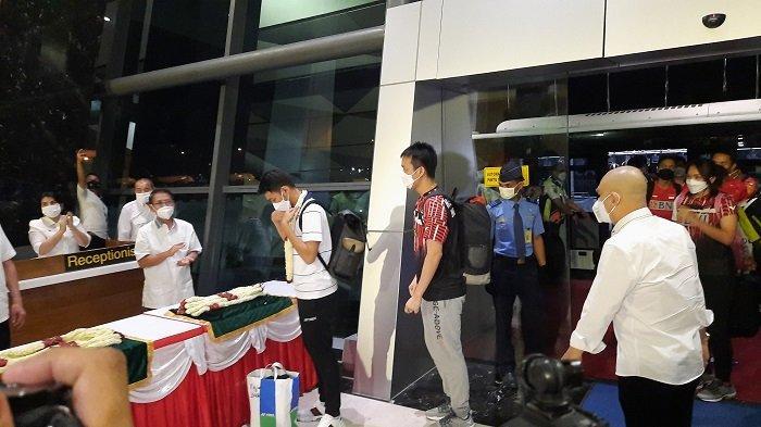 Usai Tiba di Bandara Soekarno Hatta, Tim All England Indonesia akan Langsung Menjalani Tes Kesehatan