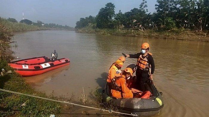 Pencari Udang Tenggelam di Sungai Citarum Bekasi, Tim SAR Gabungan Lakukan Pencarian