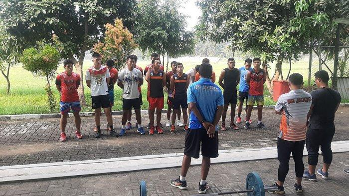 Victor Laiyan Pelatih Voli Tim Putra DKI Jakarta Minta ke Pengprov PBVSI DKI Jakarta Adakan Try Out
