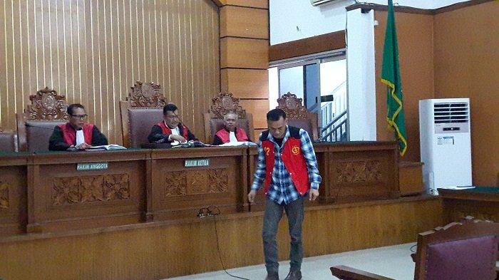 Tio Pakusadewo: Saya Pecandu Narkoba