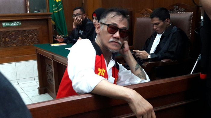 Dituntut 2 Tahun Penjara, Tio Pakusadewo Ajukan Pledoi Agar Direhabilitasi