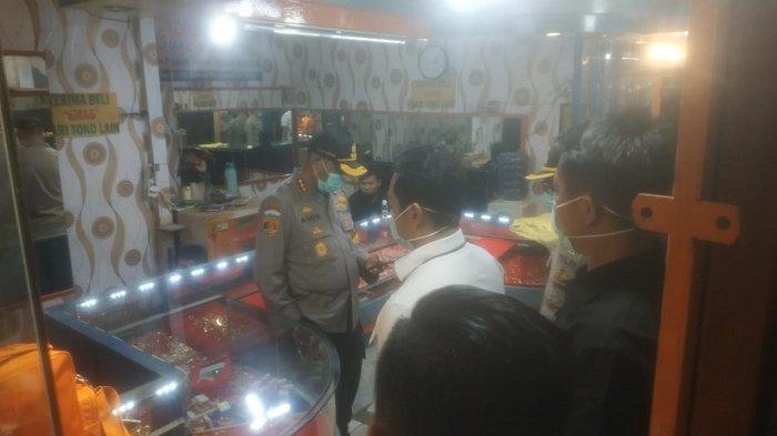 Toko Emas Pasar Kemiri Kerampokan, Polisi Langsung Gelar Olah TKP