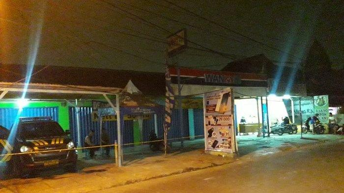 Suasana Terkini Toko Ponsel di Perwira Bekasi Utara Pasca-Digeledah Densus 88