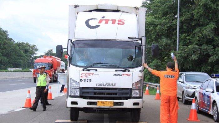 MULAI Senin Besok Kemenhub Larang Angkutan Barang Lintasi Tol, yang Melintas di Tol Akan Dikeluarkan