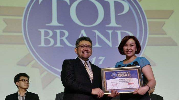 BERITA FOTO : Kino Indonesia Sabet Dua Penghargaan Top Brand Award