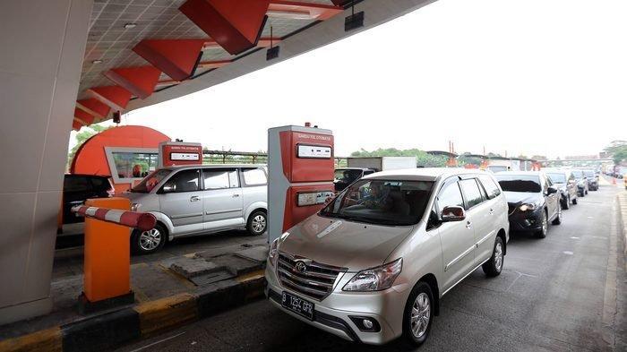 CETAK REKOR Total Lalu Lintas Kendaraan di Tol Tangerang-Merak Musim Lebaran Ini