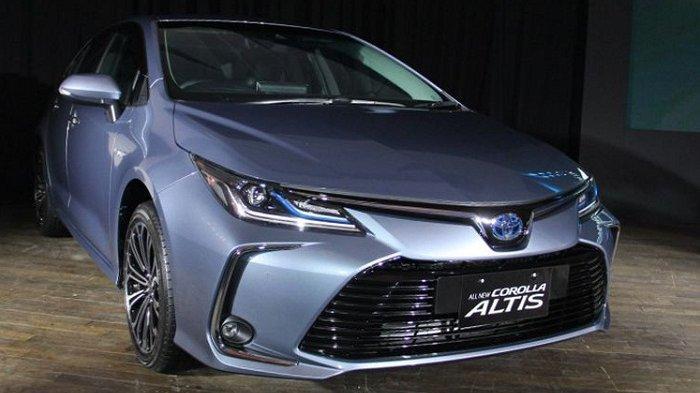 Toyota Corolla Altis Pimpin Deretan Sedan Paling Laku Oktober 2020, Honda HR-V Kuasai Segmen SUV
