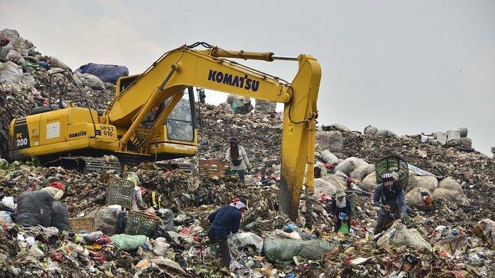 Sampah Warga Jakarta yang Dikirim ke TPST Bantargebang saat Lebaran Hari Pertama Tembus 2.142 Ton