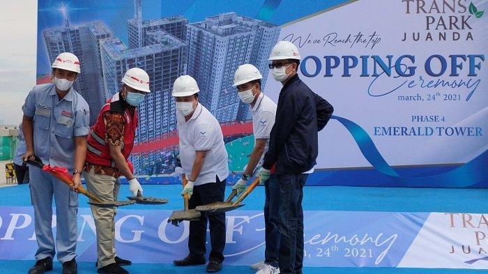 Terjual 65 Persen, Trans Property Topping Off Tower Emerald di TransPark Juanda Bekasi