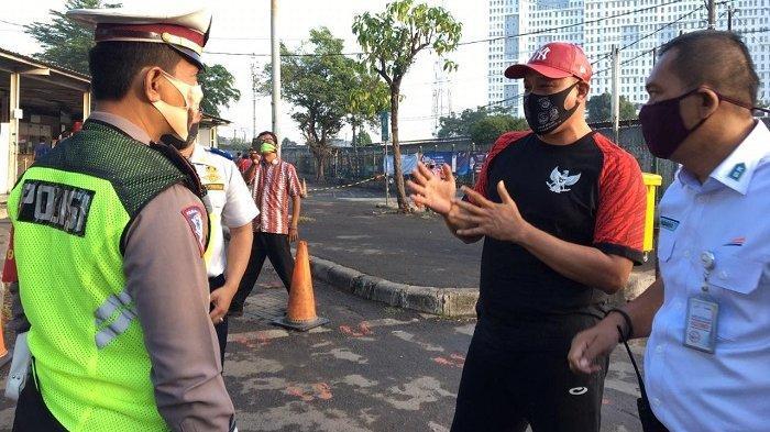 Penumpang KRL di Stasiun Bekasi Dekati Angka Normal, Wakil Wali Kota Minta DKI Lakukan Hal Ini