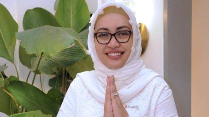 Group Head Corporate Communications XL Axiata Tri Wahyuningsih, Senin (9/8/2021). XL Axiata senang bisa ikut berbagi kebaikan untuk wartawan terdampak pandemi yang diinisasi Komunitas Pewarta Hiburan Indonesia dan BenihBaik.