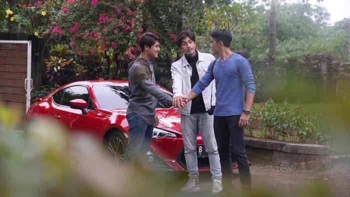 Rizky Billar, Harris Vriza dan Ady Sky yang dikenal sebagai Trio Gesrek ketika bermain serial Jodoh Wasiat Bapak Babak 2. Serial Jodoh Wasiat Bapak Babak 2 mulai tayang di ANTV, Jumat (5/2/2021) pukul 18.00 WIB.
