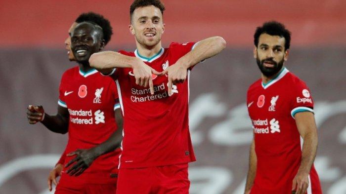 Diogo Jota (tengah) Sadio Mane dan Mohammed Salah kini menjadi trisula Liverpool.