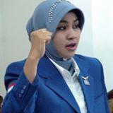 Loyalis Anas Ancam Certaikan Isteri Pertama Karena Jadi Caleg Demokrat
