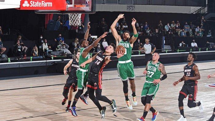 Permainan under basket dari Herro banyak menghasilkan poin buat Heat