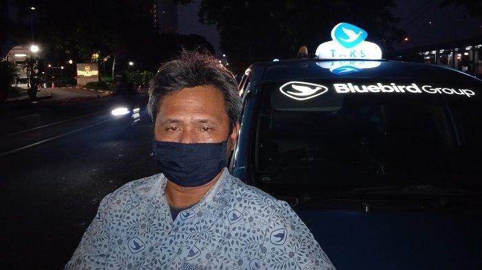 Dilema Sopir Taksi di Masa PPKM Darurat: Narik Gak Pernah Untung, Gak Narik Pasti Buntung