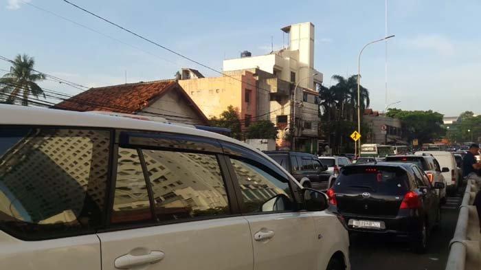 Jalan Pramuka Arah Manggarai-Proklamasi Macet Parah Setelah Underpass Matraman Dibuka