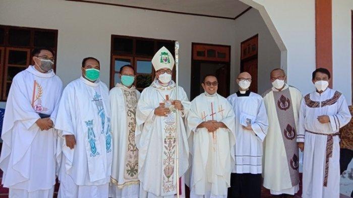 Doa Menyejukkan Uskup Ruteng Mgr Siprianus untuk Umat Muslim saat Khotbah Kenaikan Isa Almasih