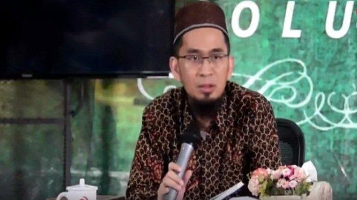 Ustadz Adi Hidayat Ungkap Kisah Nyata Orang Terhindar dari Bunuh Diri Setelah Tertidur di Masjid