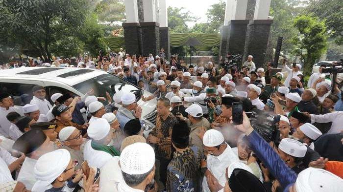 Alhamdulillah, Ustaz Arifin Ilham Sudah Sembuh, Tiba di Rumahnya Setelah Berobat ke Penang