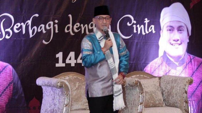 Ustaz Zacky Mirza disela buka puasa bersama penyanyi dangdut Nassar Sungkar di Hotel Sahira, Jalan Ahmad Yani, Kota Bogor, Jawa Barat, Minggu (26/5/2019).