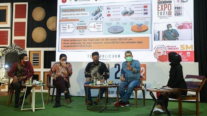 Diskusi tentang furnitur di acara UKM Virtual Expo, Minggu (19/9/2021).