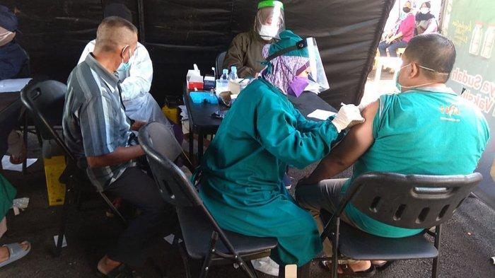 Polres Bogor Berhasil Menyuntikan 6.936 Vaksin Covid-19 Secara Massal di 7 Lokasi