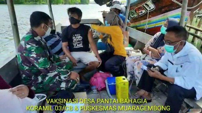 Vaksinasi Malam Untuk Nelayan, Camat Muaragembong: Sulit Direalisasikan
