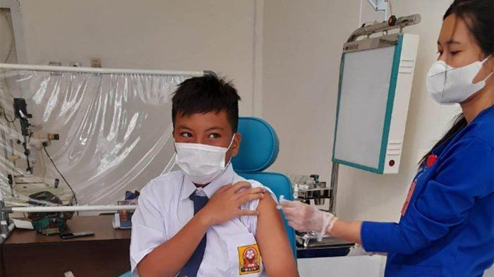 Sebanyak 7.219 Pelajar Berusia 12-17 Tahun di Jakarta Timur Telah Divaksinasi Covid-19 Dosis Pertama