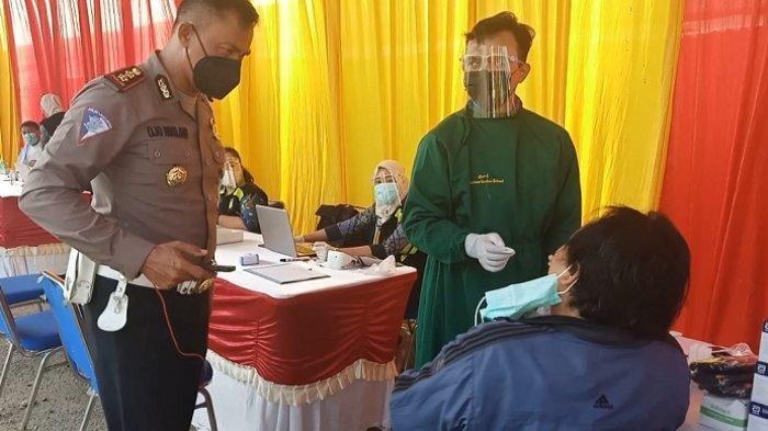 Polisi Gelar Vaksinasi dan Swab Test Antigen Covid-19 Gratis di Lokasi SIM Keliling Cikarang Utara