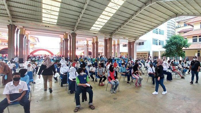 CERITA Raihan dan Dava, Siswa SMP Tangerang Takut Divaksin, Ternyata Tak Semenakutkan yang Dikira