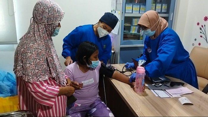 Penderita Gangguan Jiwa Senang Bisa Ikut Vaksinasi Covid-19 di Puskesmas Ciracas