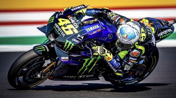 Valentino Rossi sekarang bergabung dengan tim satelit Petronas Yamaha