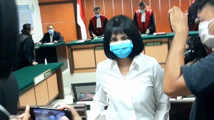 VIDEO Jaksa Belum Siap, Pembacaan Tuntutan Kasus Narkoba Vanessa Angel Ditunda Kamis