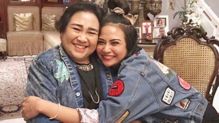Vanessa Angel mengunggah foto kenangannya bersama almarhumah Rachmawati Soekarnoputri di akun Instagramnya, Sabtu (3/7/2021) pagi.