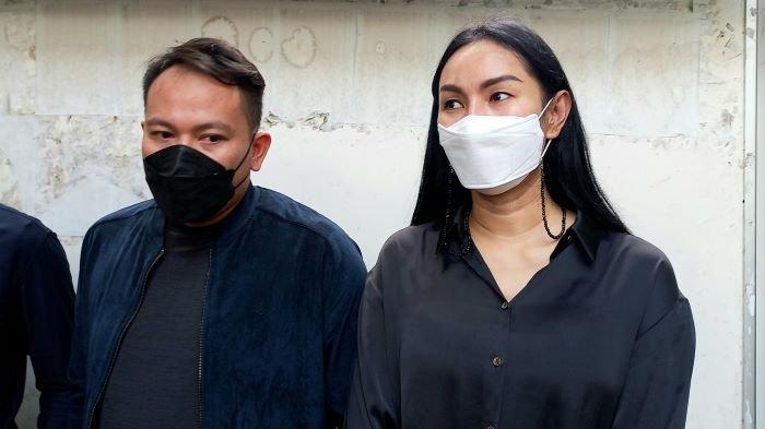 Kalina Oktarani Keguguran Saat Usia Kandungan 3 Bulan, Vicky Prasetyo Sebut Istrinya Keletihan