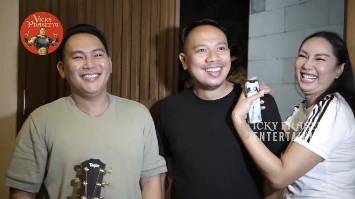 Vicky Prasetyo Siap Bakal Jadi Produser saat Bertemu Pria Mirip Dirinya dan Jago Nyanyi