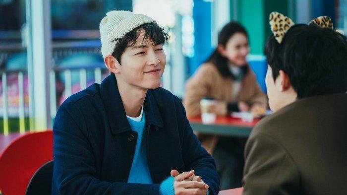 Drama Korea Vincenzo, Song Joong Ki dan Kim Sung Cheol Malu setelah Saling Menggoda