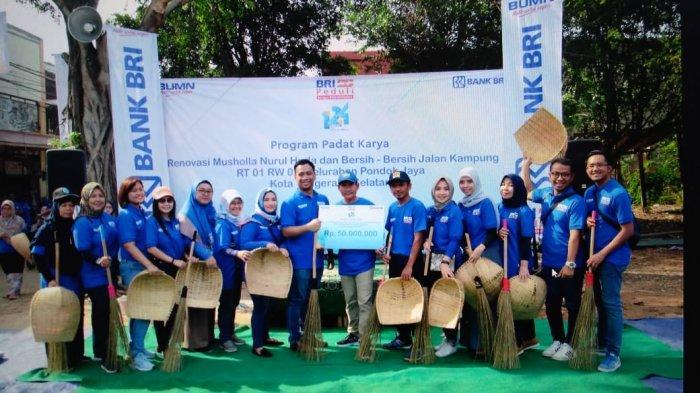 Bank Bri Cabang Bintaro Gelar Program Padat Karya Di Pondok Jaya Warta Kota