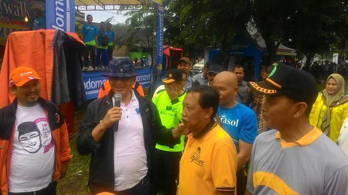 Wahidin Halim Bicara Sampah di Cikande Permai
