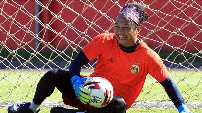 Kiper Bhayangkara FC Ini Nilai Sepak Bola Indonesia Sudah Ada Kemajuan