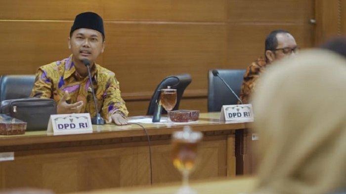 Komite III DPD RI Ajak Masyarakat Sulap Sampah Plastik Jadi Kerajinan Ecobrick